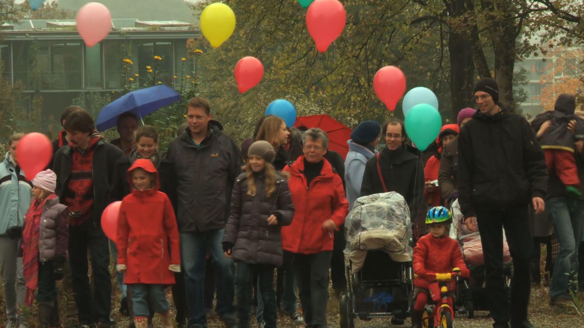 Gruppe_Luftballons